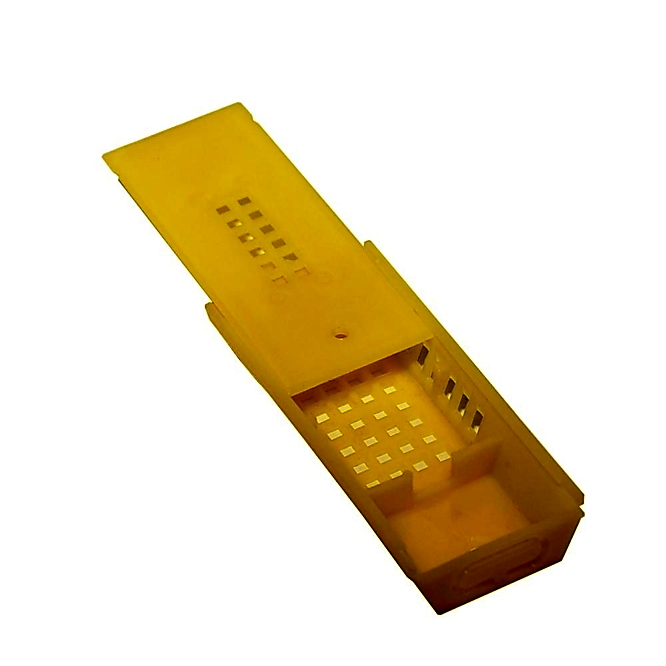Клеточка для пчелиной матки (желтая)